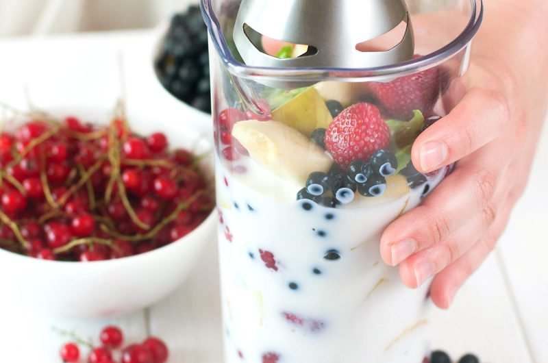 10 Smoothie Making Tips That Will Convince You To Live Healthier | healthyinbody.com