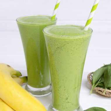 Need To Detox? Try This Green Keto Banana Smoothie [Recipe] | healthyinbody.com