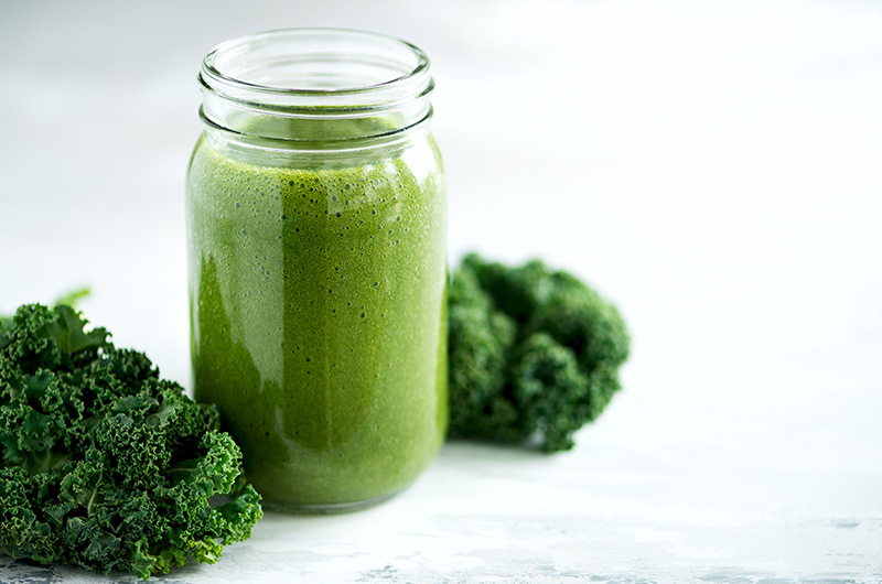 Low-Calorie Kale And Orange Smoothie