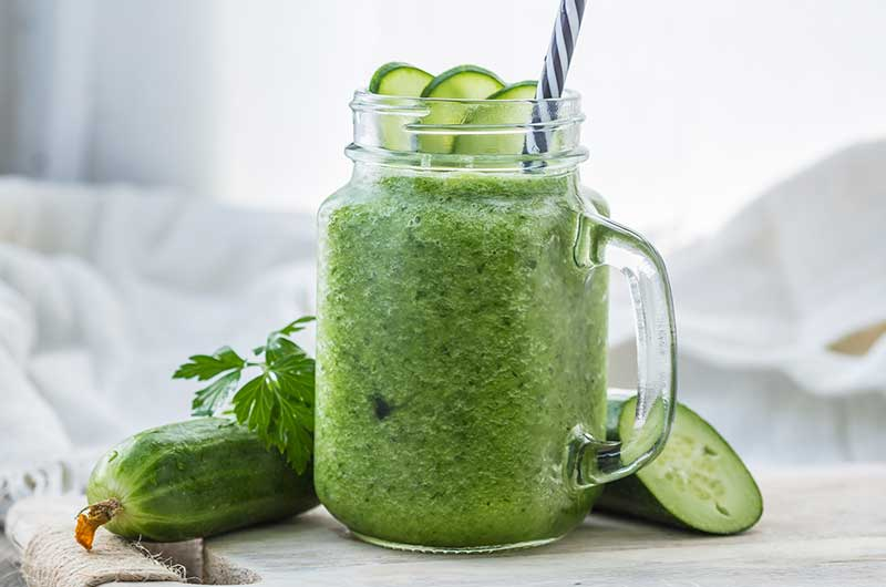 Cool Wheatgrass Smoothie with Cucumber
