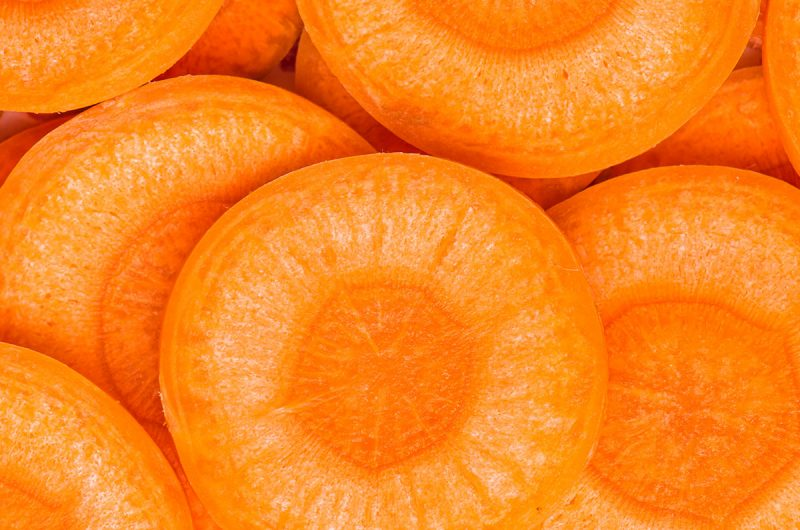 Carrot's Health Benefits And Nutritional Content Explained | healtyinbody.com