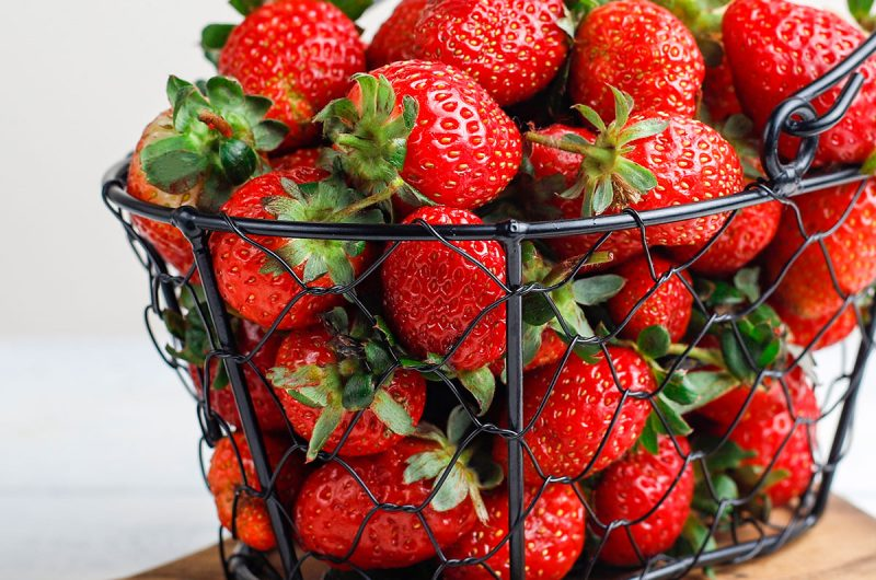 Strawberries' Health Benefits And Nutritional Content | healthyinbody.com