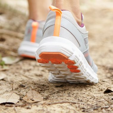 Learn How Walking Can Help Weight Loss | learnknittingonline.com